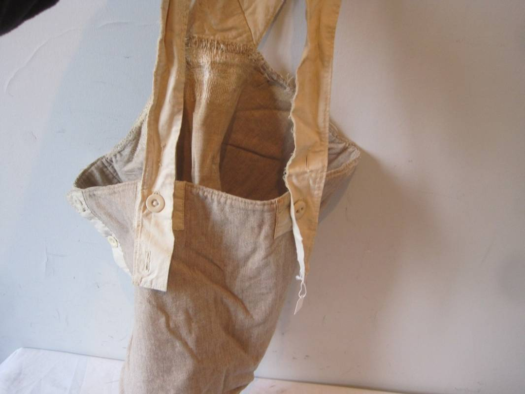 0af14e4c702b4 Ceinture de Flanelle Poilu - Ventes d'antiquités militaires : Royal ...