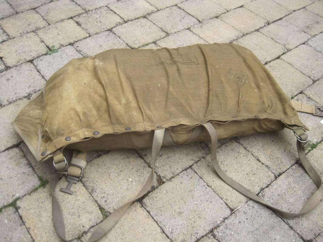 lw bateau pneumatique de survie et sac ventes d 39 antiquit s militaires royal dragons. Black Bedroom Furniture Sets. Home Design Ideas